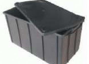Caixa plástica fechada Sacomã